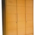Lemari Pakaian 3 Pintu Untuk Efisiensi Ruang
