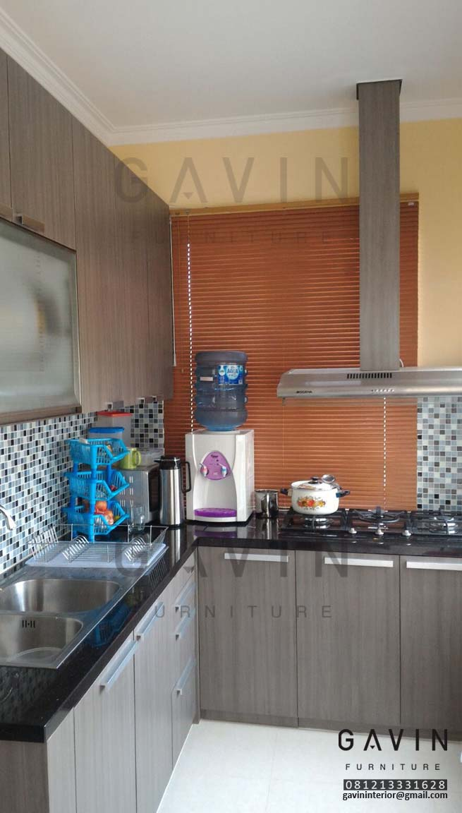 Harga kitchen set dapur kecil kitchen set minimalis for Harga kitchen set duco per meter