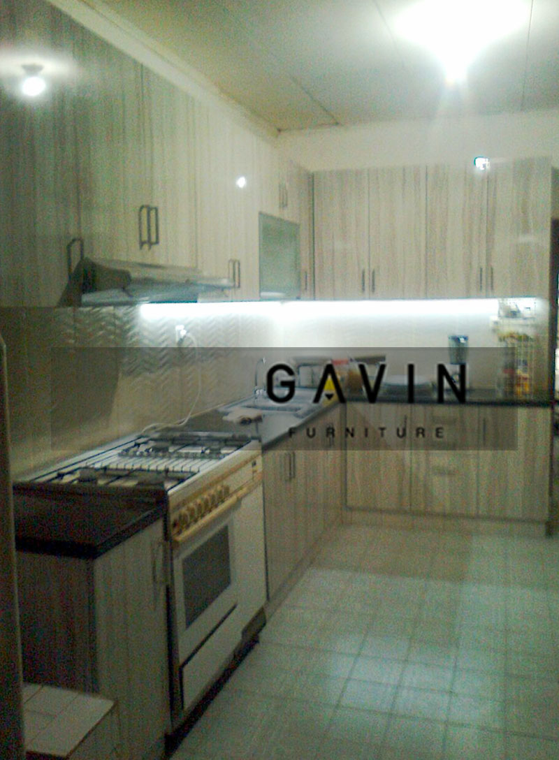 Harga kitchen set per meter kitchen set minimalis for Harga kitchen set per meter