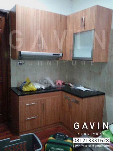 Kitchen set hpl klien di condet jakarta timur kitchen for Pemasangan kitchen set