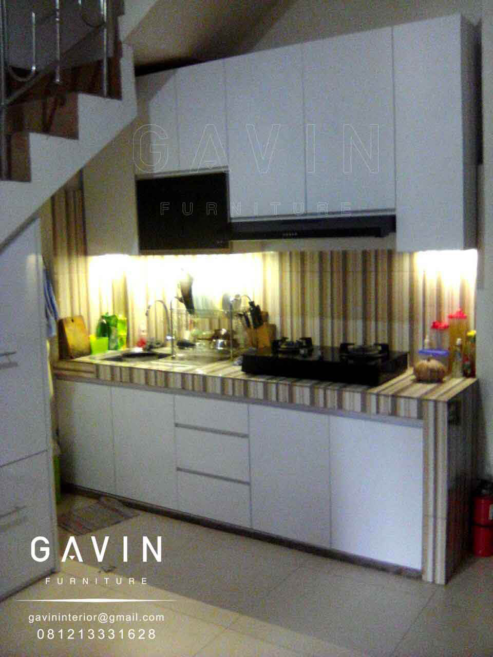 Model kitchen set minimalis kitchen set minimalis for Kitchen set warna putih