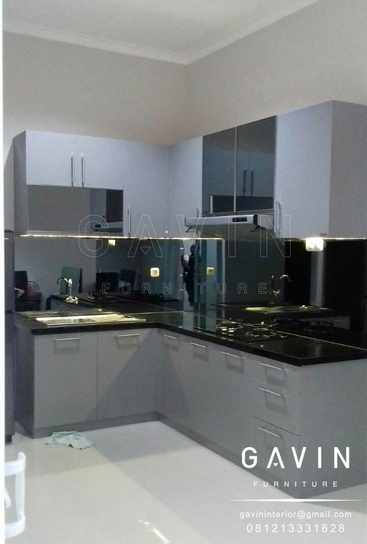 50 gambar kitchen set model minimalis dan klasik kitchen for Design kitchen set modern