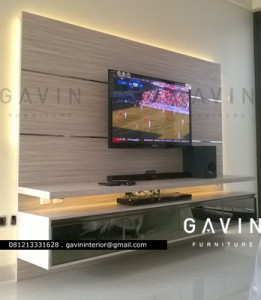 backdrop TV minimalis apartment green andara