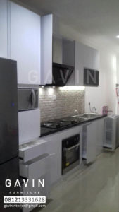 gambar-kitchen-set-finishing-hpl-di-depok