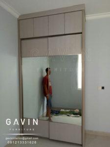 lemari-sliding-full-plafon-minimalis