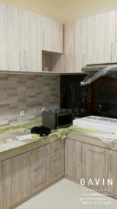 contoh-kitchen-set-minimalis-finishing-hpl-serat-kayu