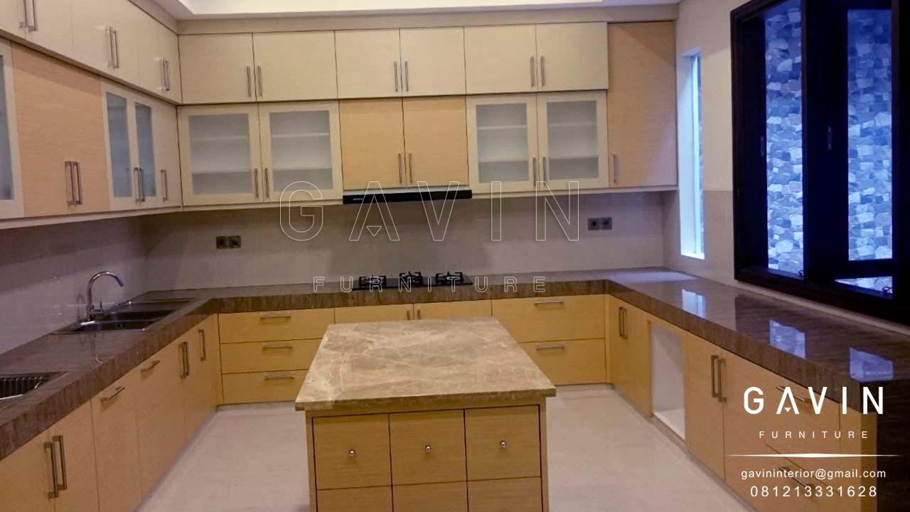 Kitchen set design di kebayoran kitchen set minimalis for Lemari kitchen