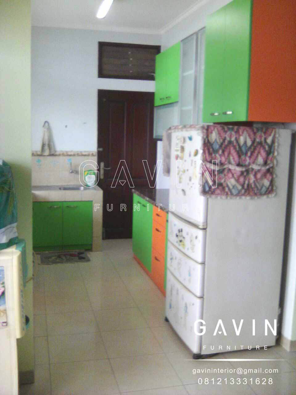 Kitchen set minimalis hijau orange