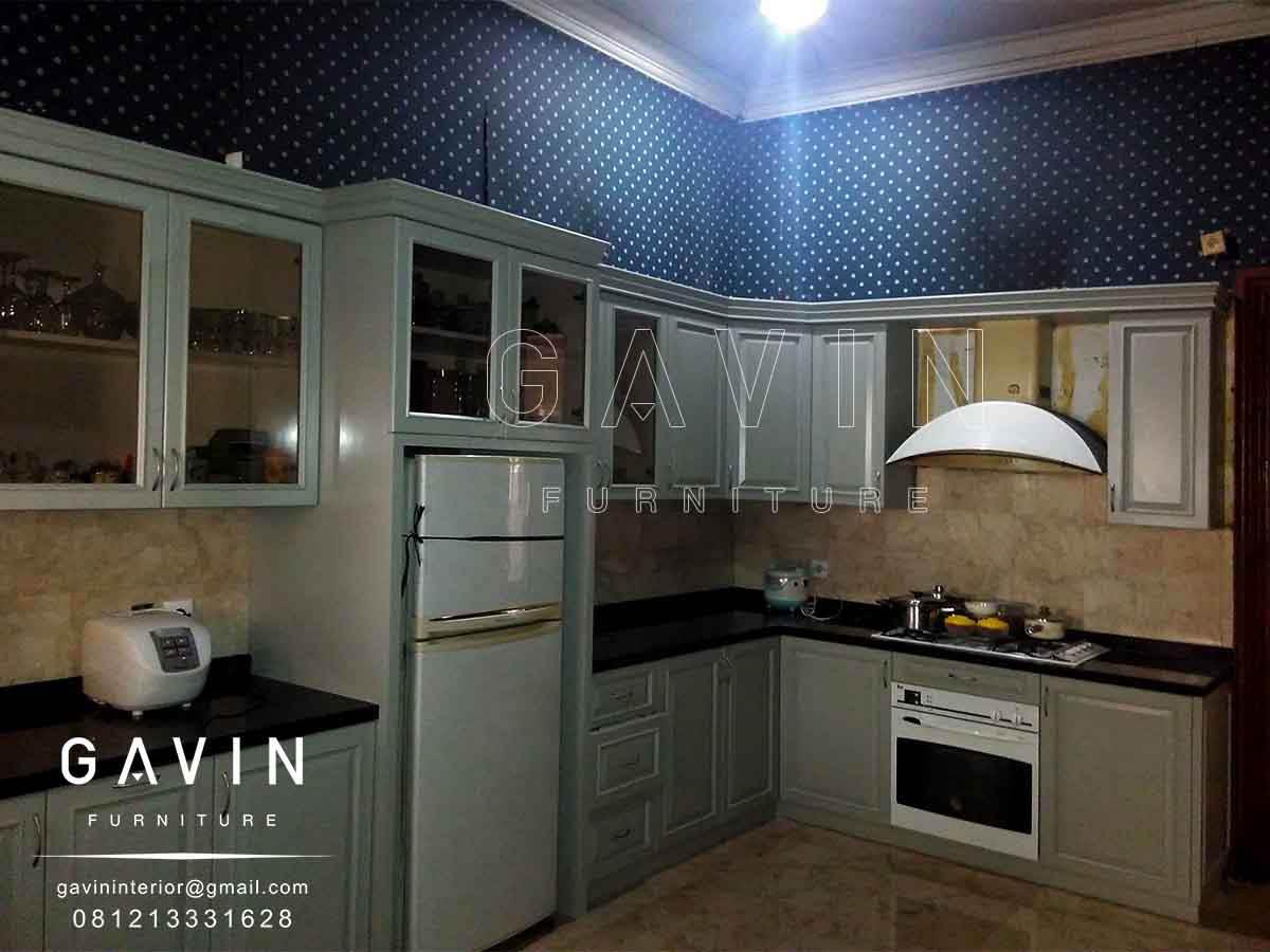 Finishing duco lemari dapur klasik kitchen set minimalis for Lemari kitchen