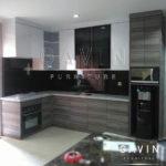 gambar lemari dapur minimalis kombinasi hpl