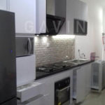 kitchen set hpl glossy putih