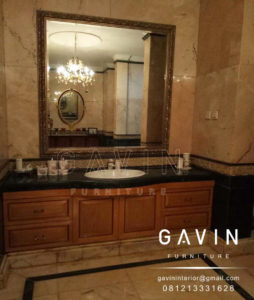 desain meja wastafel kamar mandi terbaru