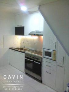 Q2472 desain lemari dapur minimalis semi glossy di kebayoran