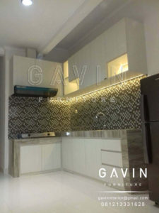 buat kitchen set letter L minimalis