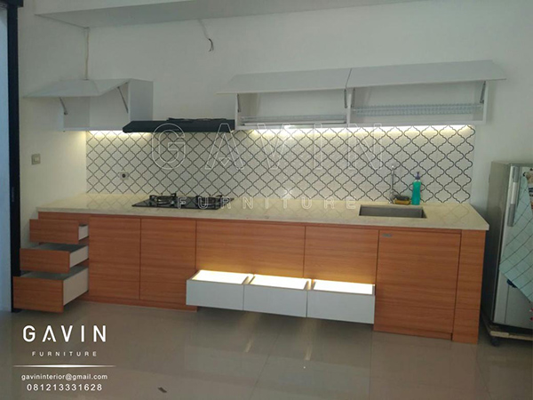 Q2639 pembuatan kitchen minimalis kombinasi finishing hpl