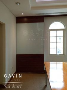 pembuatan partisi custom gavin furniture
