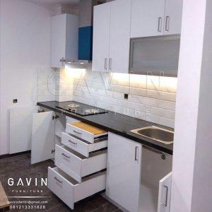 Finishing Hpl Supreme 2219 Glossy Untuk Kitchen Set Di Kelapa Gading