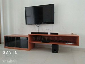 credenza tv finishing hpl taco TH 852 J kombinasi cermin Q2889