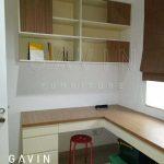 desain interior meja kerja home office dengan kabinet buku Q2650