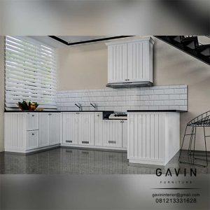 Design 3D lemari dapur semi klasik semi glossy putih project cibubur by Gavin Q3108