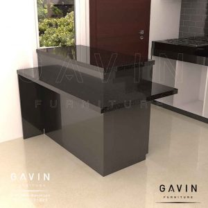 design meja island minimalis hitam glossy di joglo by Gavin id3228
