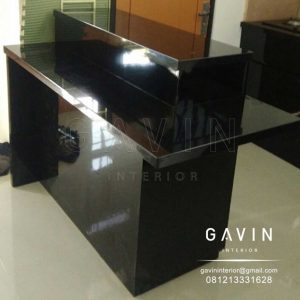 meja island hitam glossy design minimalis by Gavin id3228