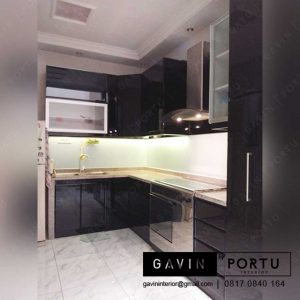 kitchen set papan upvc finishing duco hitam produksi Gavin
