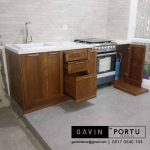 model kabinet dapur kayu solid project Cipondoh Tangerang id3214