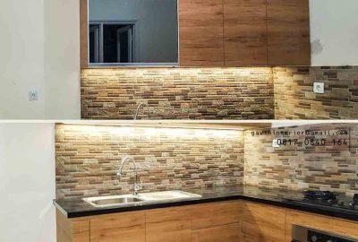 contoh kitchen set nuansa coklat dengan model letter l di cibubur id3406