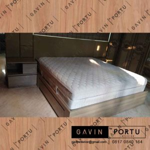 model dipan tempat tidur minimalis dengan headboard by Gavin