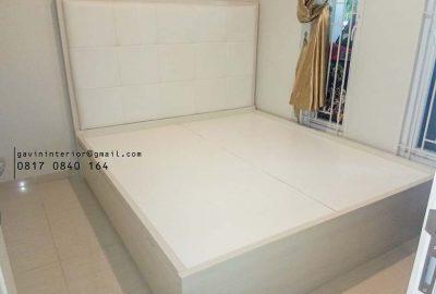 contoh dipan tempat tidur minimalis dengan headboard di BSD id3540