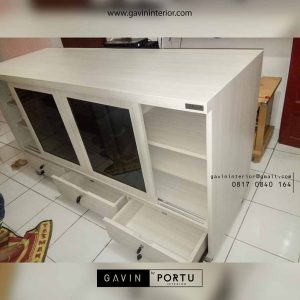 model credenza tv minimalis kombinasi kaca by Gavin Furniture id3372