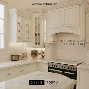 pembuatan desain kitchen set klasik dengan Island di Bintaro id2524