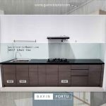 model kitchen set lurus id4082