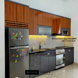 Kitchen Set HPL Motif Kayu & Grey Perumahan Kayu Putih Residence Pulo Gadung Jakarta Timur Id4832P
