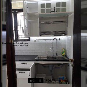 Buat Kitchen Set Design Klasik Putih Perumahan Laverde Cluster Lunaire Serpong Utara ID4760