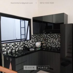 Jasa Kitchen Set Motif Kayu Black Kompleks Elysian Residence Pasar Minggu Jakarta ID4852P